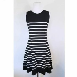 3/$25 Bar III Black and White Dress